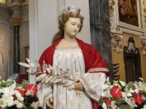 Fête de la Sainte-Réparate à la Cathédrale de Nice. Décoration de l'église